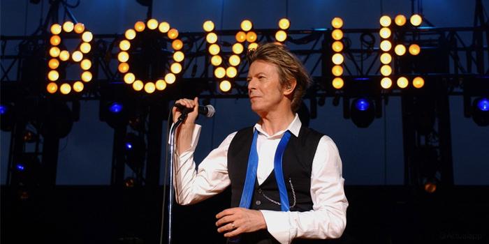 Inmortaliza a David Bowie con estas apps para tu móvil