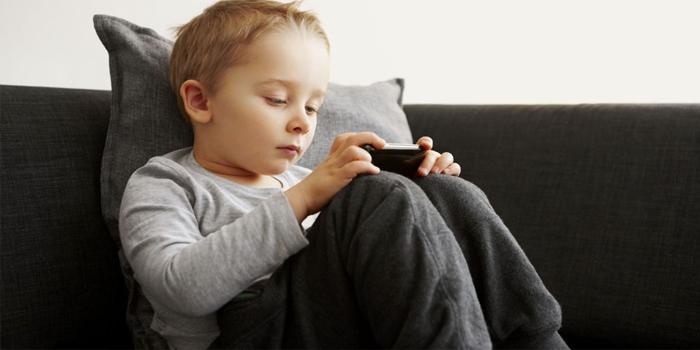 niños y el Smartphone