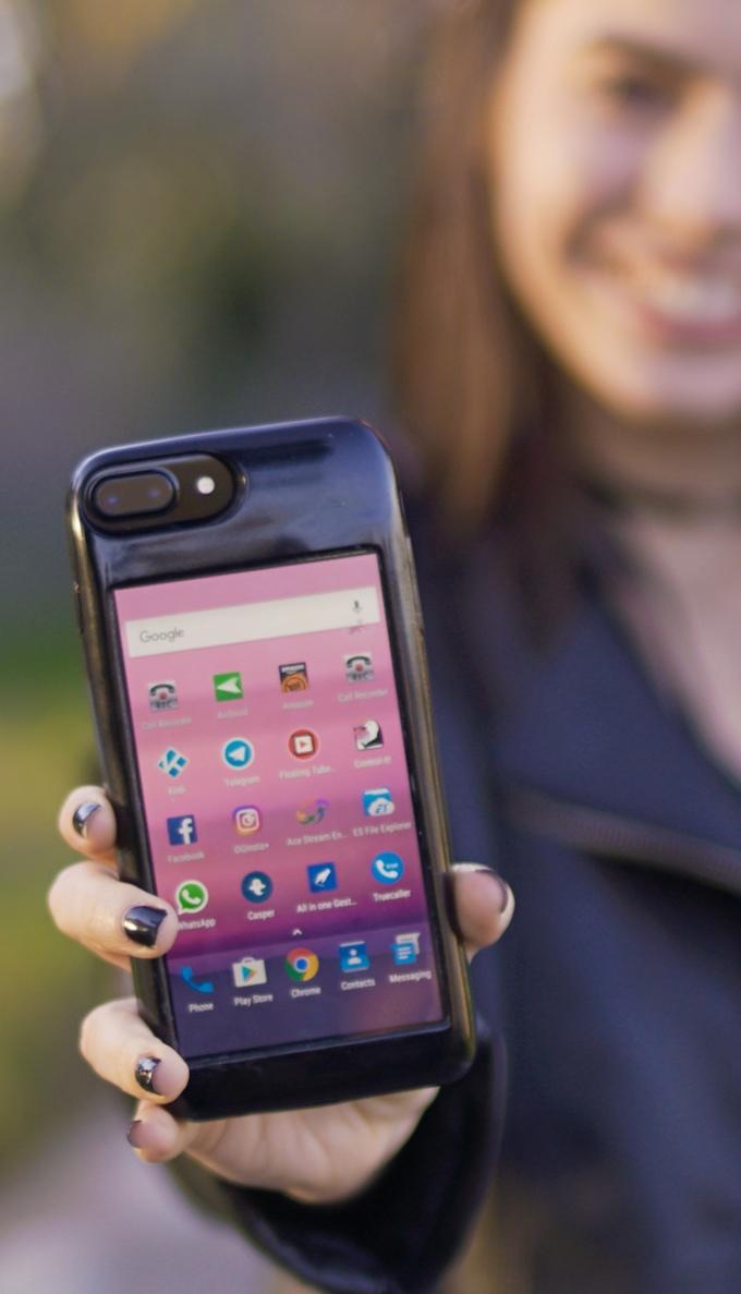 funda para iphone con un movil android integrado
