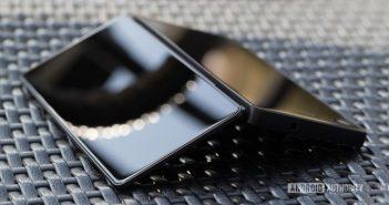 primer smartphone plegable ZTE Axon M