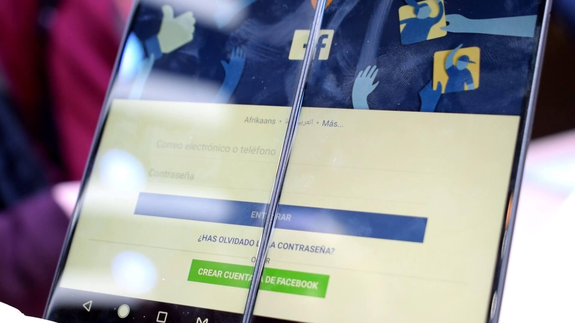 móvil de dos pantallas